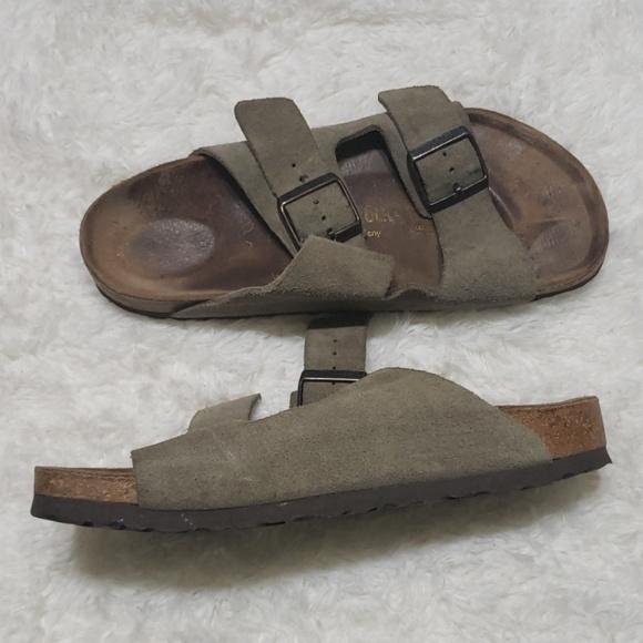 2aa5689f30159 Birkenstock sandals European size 39 ladies 8